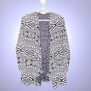 American Eagle Outfitters Women's Black White Aztec Open Cardigan Sweater Small